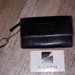 Vintage & Authentic Coach Leather Card Wallet
